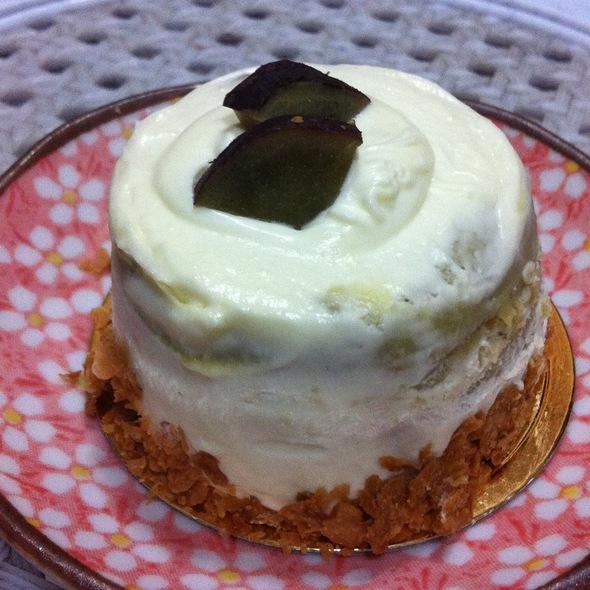 Kokuma Sweet Potato Cake