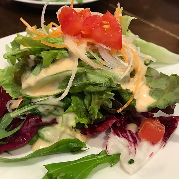 ランチのサラダ @ イタリアン レストラン&バー orancio!
