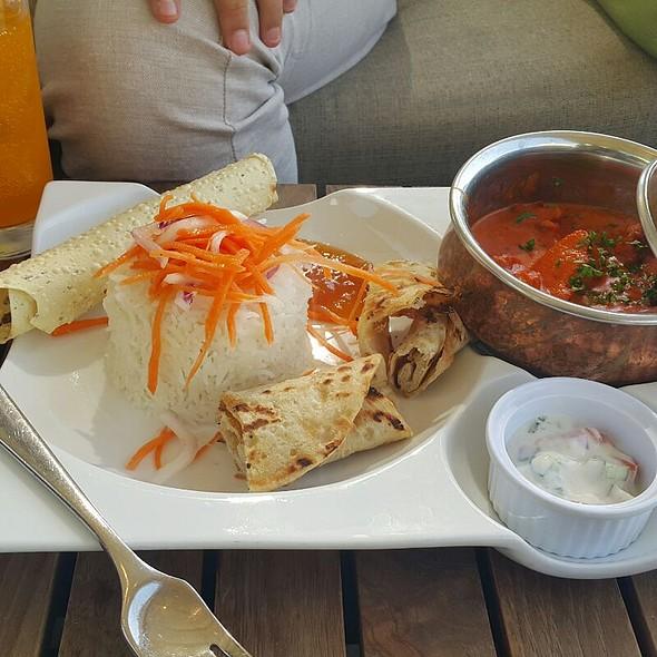 Curry @ Lake View , Dubai Creek Golf & Yacht Club