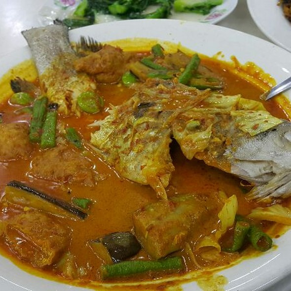 Fish Curry @ Jalan Alor Food Street