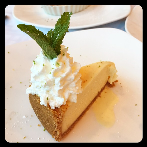 Key Lime Pie @ Riva Crabhouse