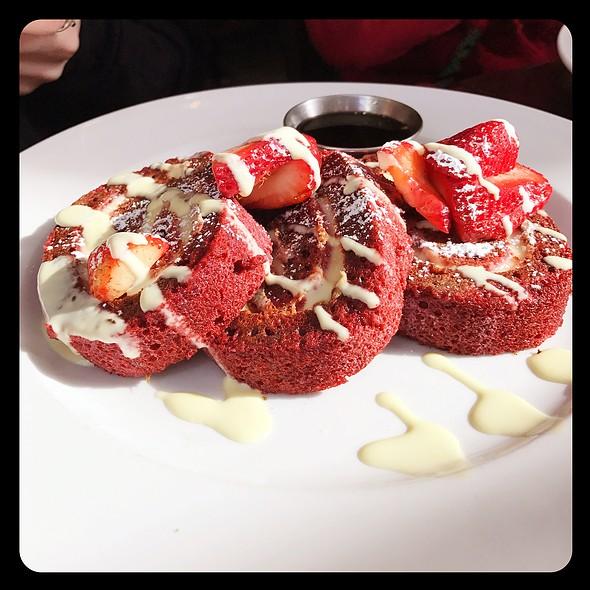 Red Velvet French Toast @ Kanela Breakfast Club