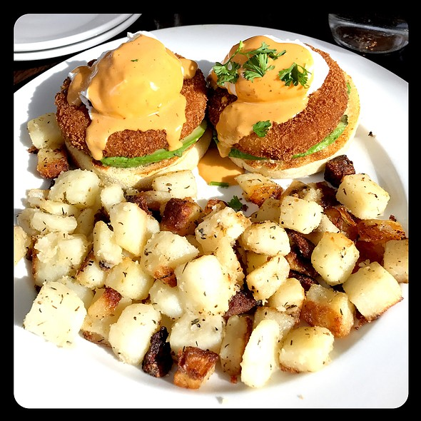 Crab Cake Eggs Benedict @ Kanela Breakfast Club