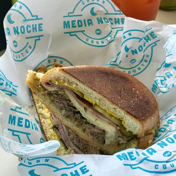 El Cubano @ Media Noche Restaurant