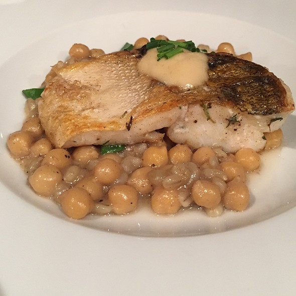 Grilled Zander & Chickpeas