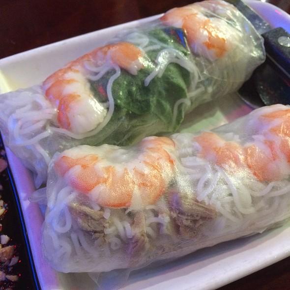 Shrimp And Pork Summer Rolls