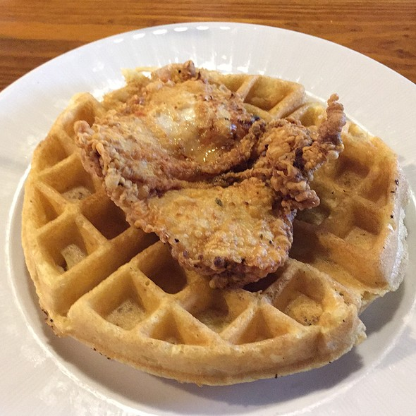 Chicken and Waffles @ Southern Kitchen