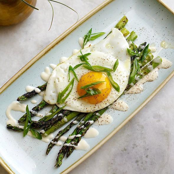 Asparagus, fried egg, Parmesan, lemon