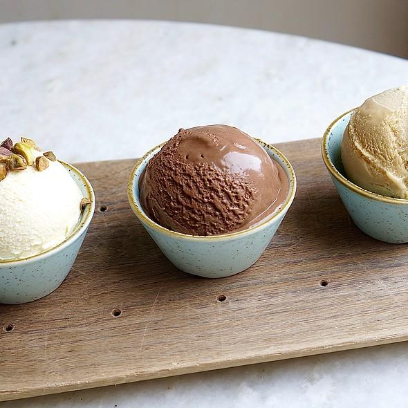 Pistachio, dark chocolate sea salt and pretzel gelati