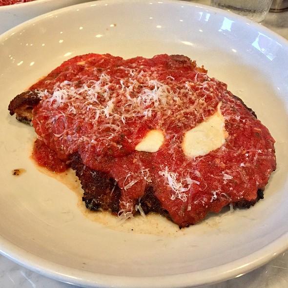 Chicken Parmigiano @ La Tela