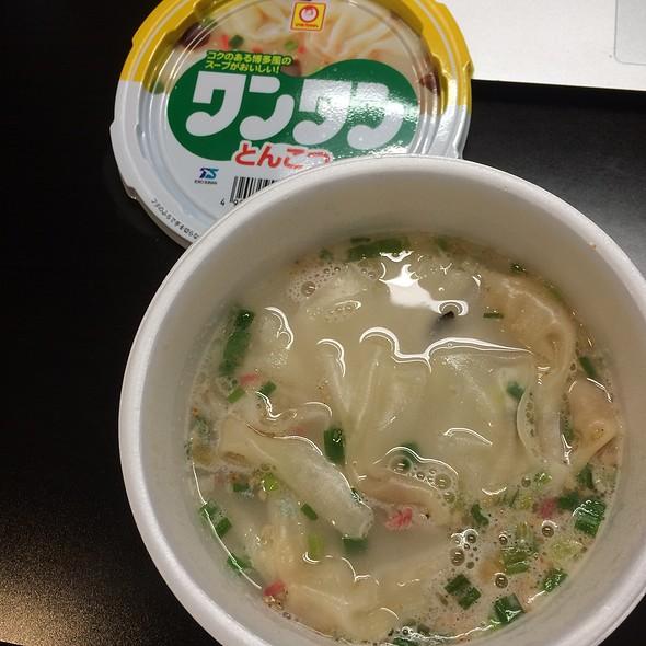Tonkotsu Wonton Soup @ Unidentified Location in Tokyo