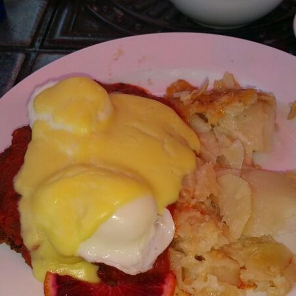 Eggs Ranchero @ Cafe Nouveau