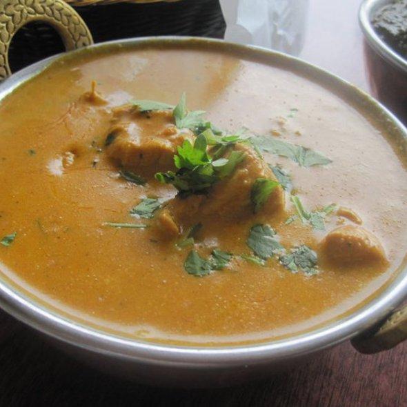 Chicken Korma @ Curry & Naan