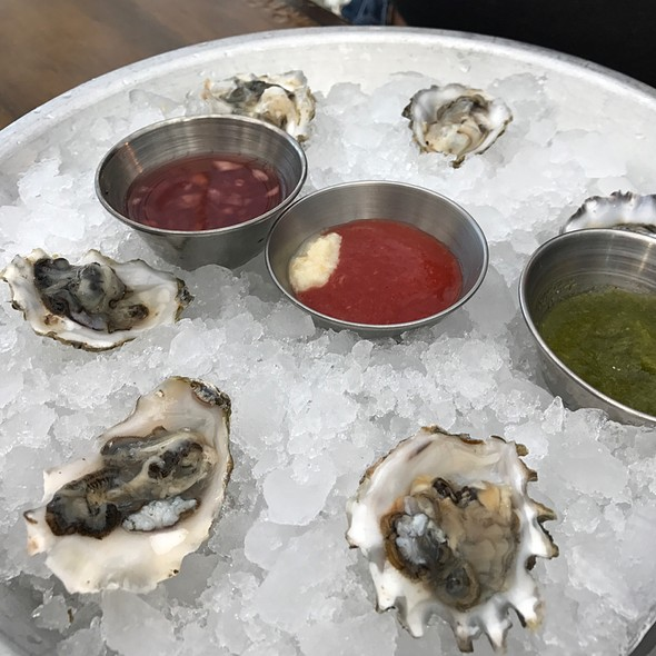 Oysters @ The Oyster Bar SKC
