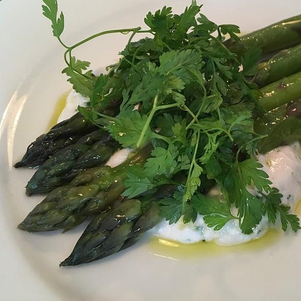Asparagus @ Brawn Restaurant