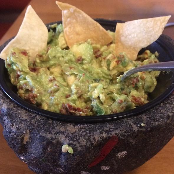 Guacamole @ Babalu Tacos & Tapas