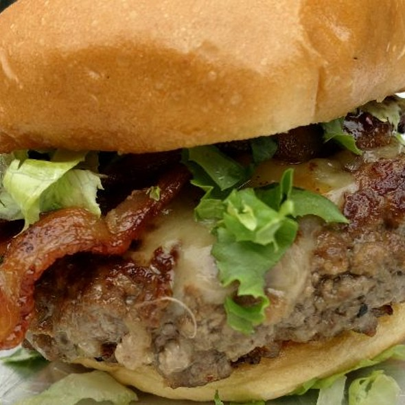 The Mike Rawlings Burger