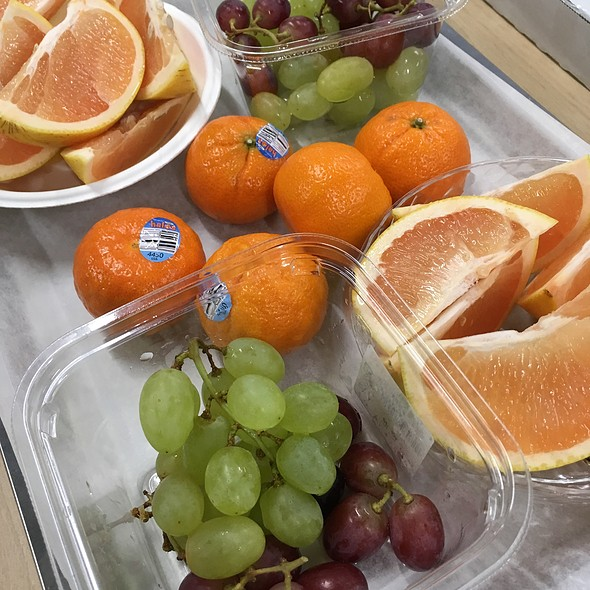 Fruits @ 大手町ビル
