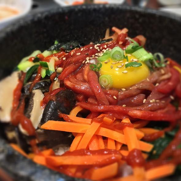 Beef Bibimbap Stone Pot @ Jeon Ju Hyang Restaurant