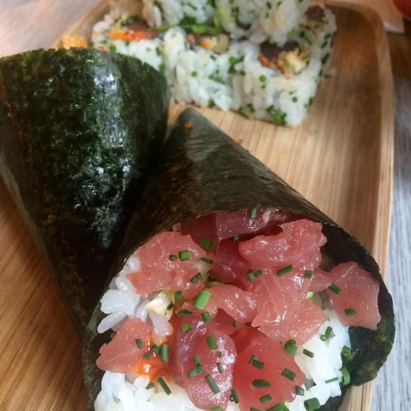 Spicy Tuna Temaki And Rolls