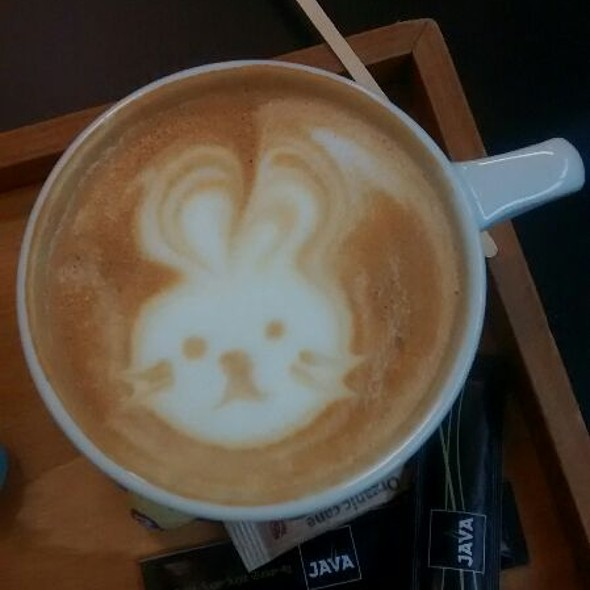 Cappuccino @ Java Koffie