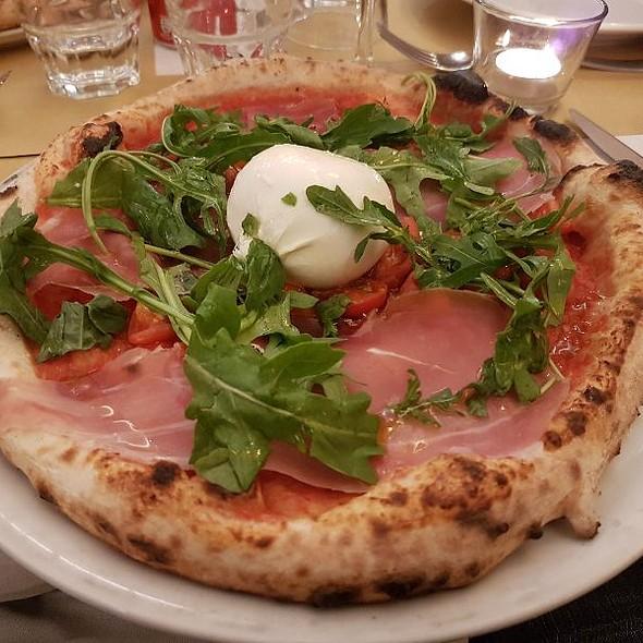 Pizza Burratina @ Al Forno della Soffitta