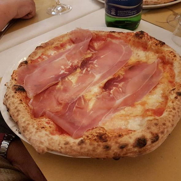 Margherita Con Prosciutto @ Al Forno della Soffitta