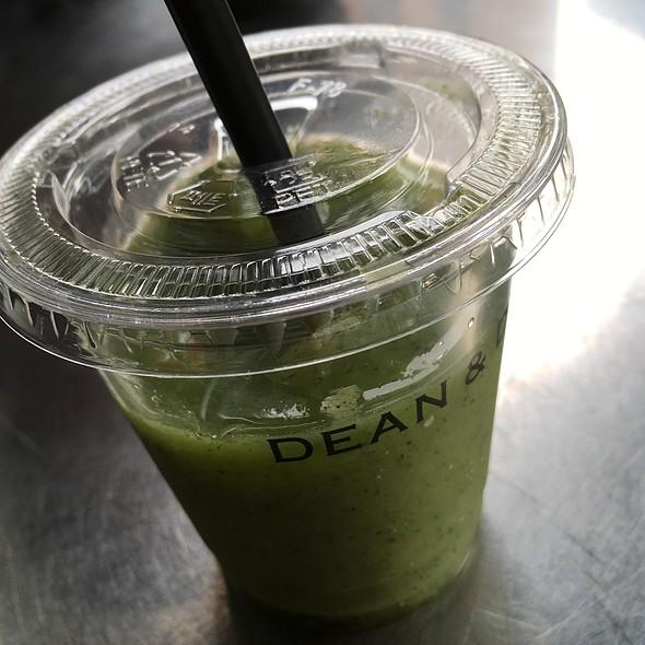 Green Drink @ Dean & Deluca