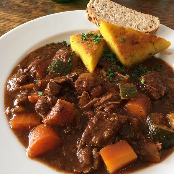 Oriental Beef Stew @ Kaiser Otto