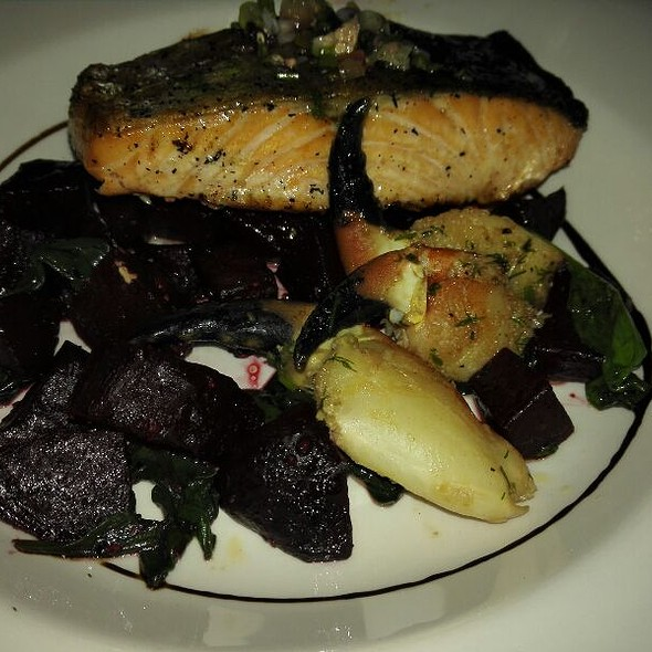 Salmon With Crab Claw