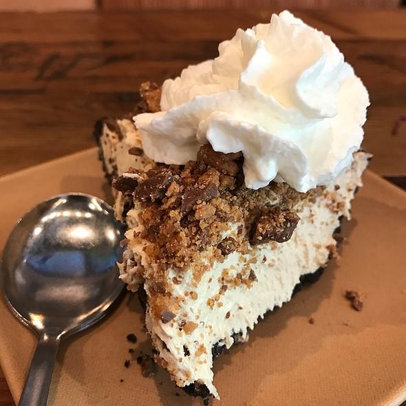 Sheil's Peanut Butter Pie @ Sauced BBQ & Spirits