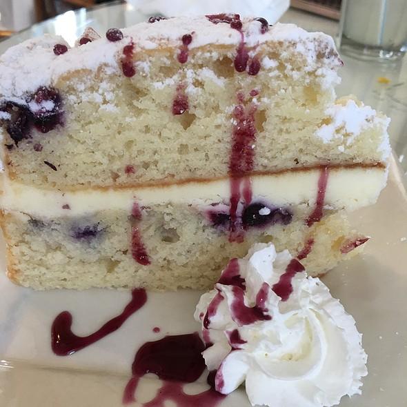 Lemonberry Marscapone Cake