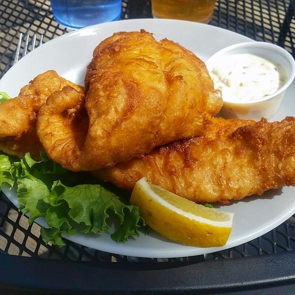Fried Catfish @ Pettibone Boat Club