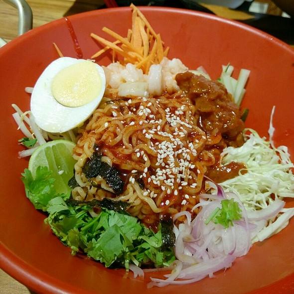 Cold Kimchi Ramen