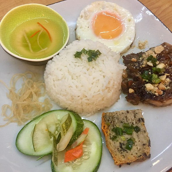 Vietnamese Grilled Chicken and rice