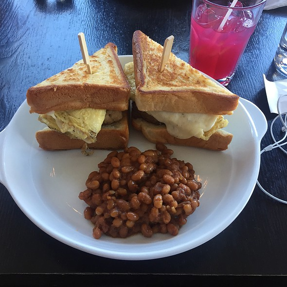 Spacial Brunch With Baked Beans