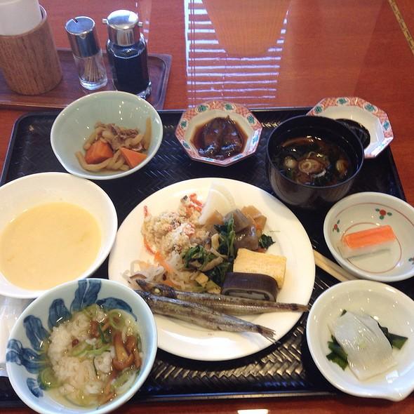 Breakfast Buffet @ マンテンホテル富山本社