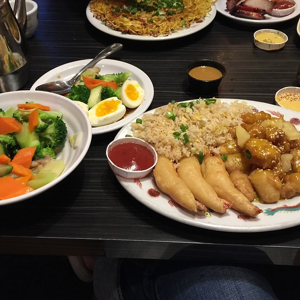 Pick 3 - Crispy Lemon Tofu, Fried Prawns And Brown Rice With A Side Of Veggies