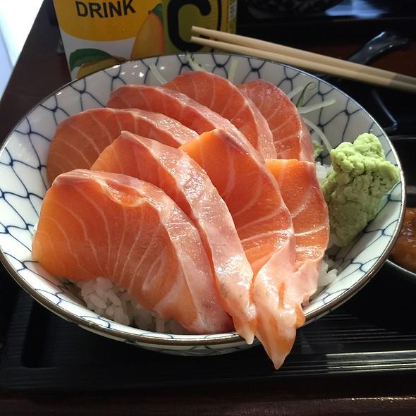 Thick Salmon Bowl