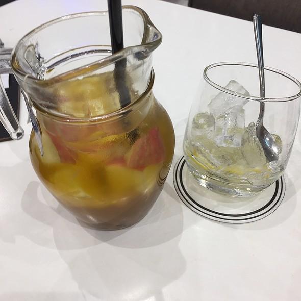 Iced mixed Fruit tea
