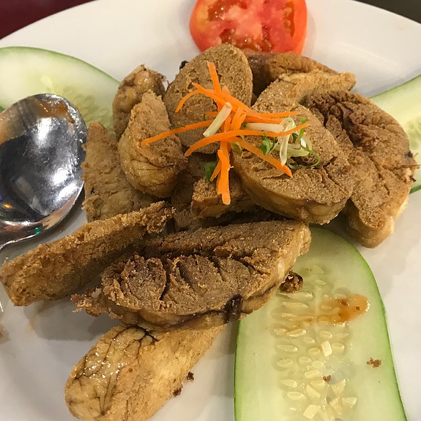 Kamling seafood restaurant deep fried fish roe for Fried fish restaurants