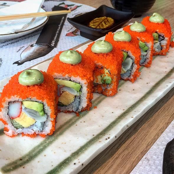California Roll @ Zuru Japanese Delicious