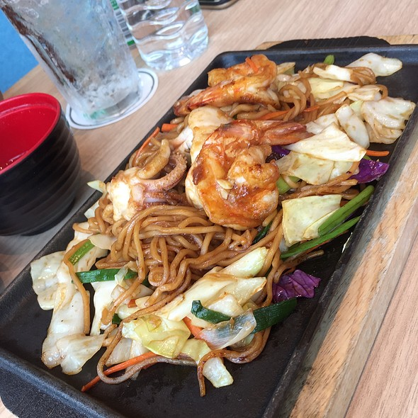Seafood Yakisoba @ Zuru Japanese Delicious