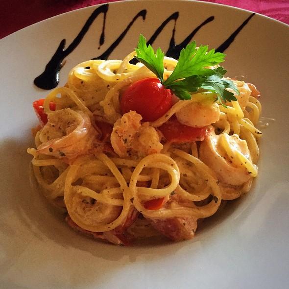 Spaghetti Siciliano @ Enoteca Serrana