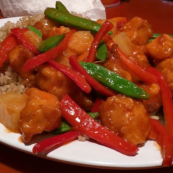 Sweet & Sour Chicken @ Pei Wei Asian Diner