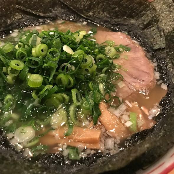 ネギ塩そば @ ちばき屋 横浜ポルタ店