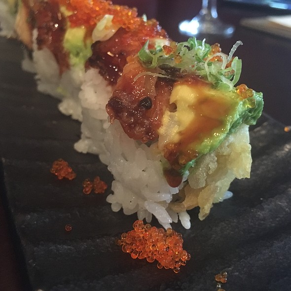 The Roll @ Tao Sushi