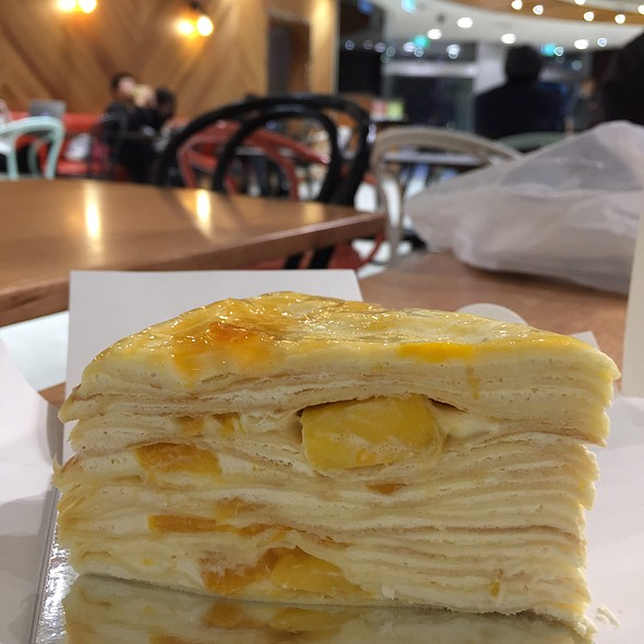 Mango Mille Crepe @ Choux Love