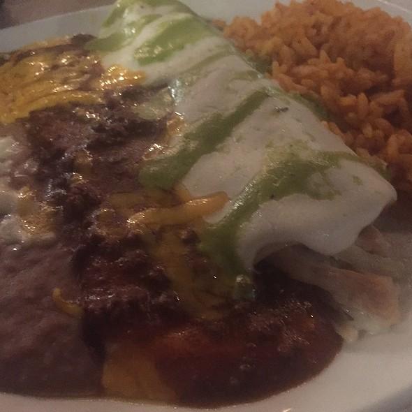Chicken & Cheese Enchiladas @ Cantina Laredo