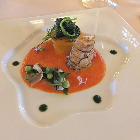Yellow bell pepper flan, lobster with wild fennel flavored, marinated anchovies, peas and glasswort